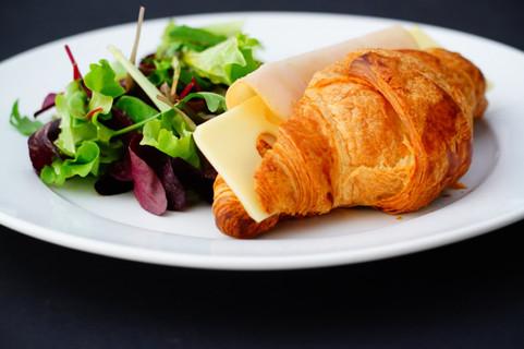 Turkey ham _ Emmenthal croissant .jpg