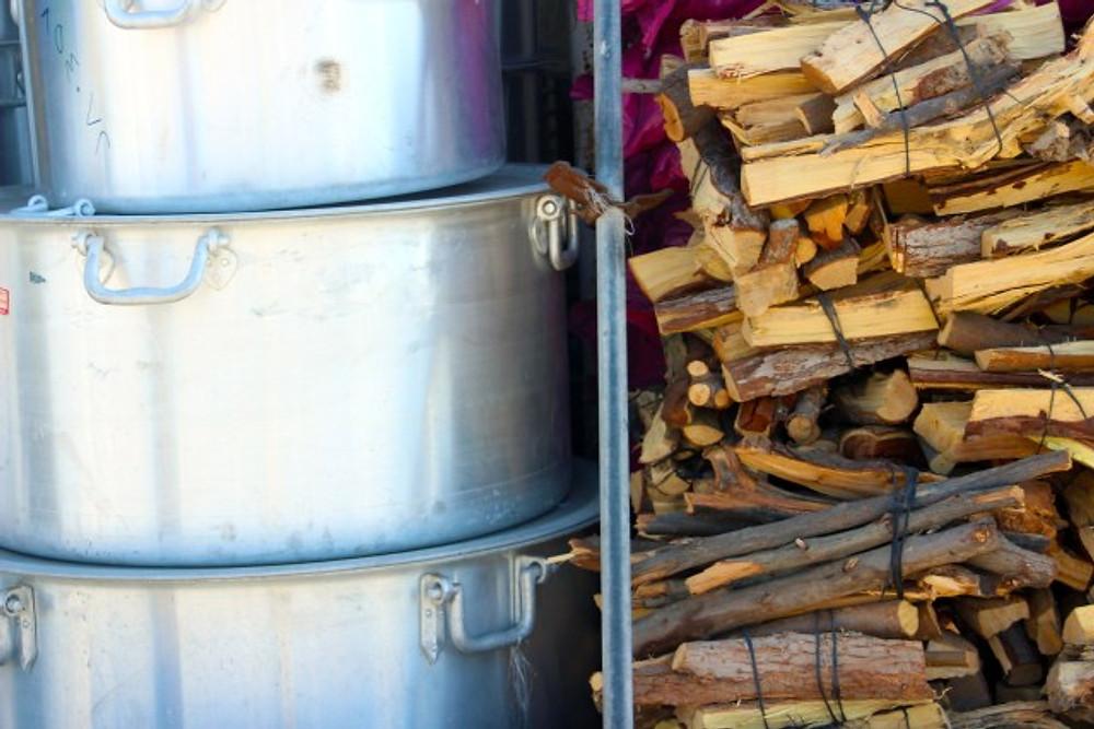 Pots and firewood, Iranian souk , Abu Dhabi, Shopping in Abu dhabi, Food shopping in Abu Dhabi