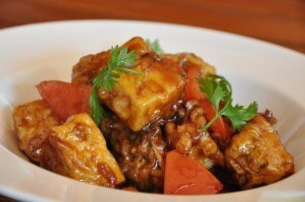 Caramel's crispy eggplant starter Get A Room Already on Saadiyat Island #finedining #saadiyat #abudhabi @ Caramel #abudhabi #saadiyat #thecollection #stregis #finedining #mainelobster
