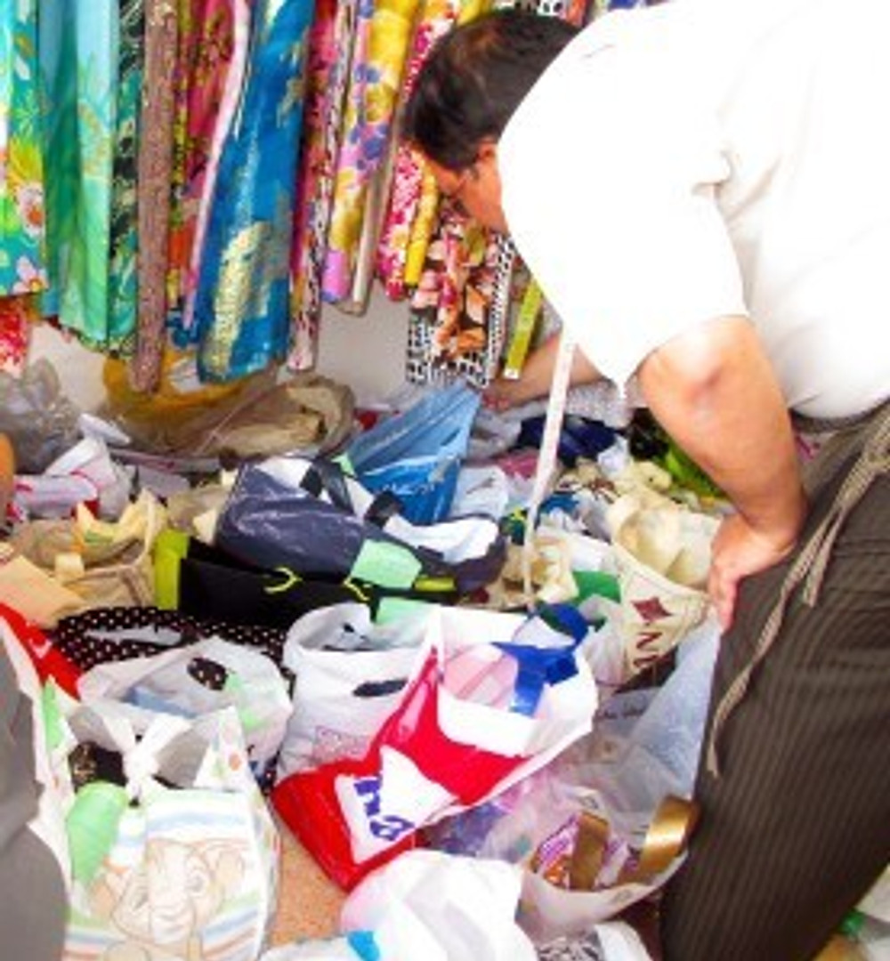 Mess at the tailors, Khalifa City A, Pink Shops, #abudhabi