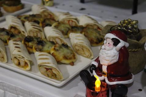 Christmas buffet.jpg