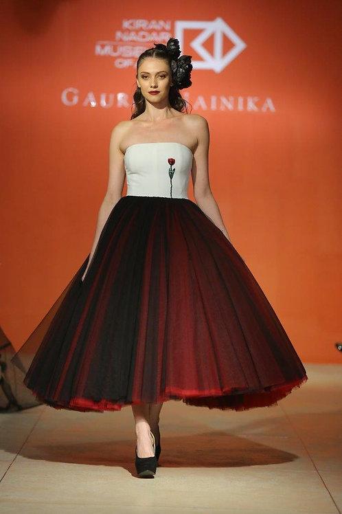Strapless tulle midi dress with single tulip