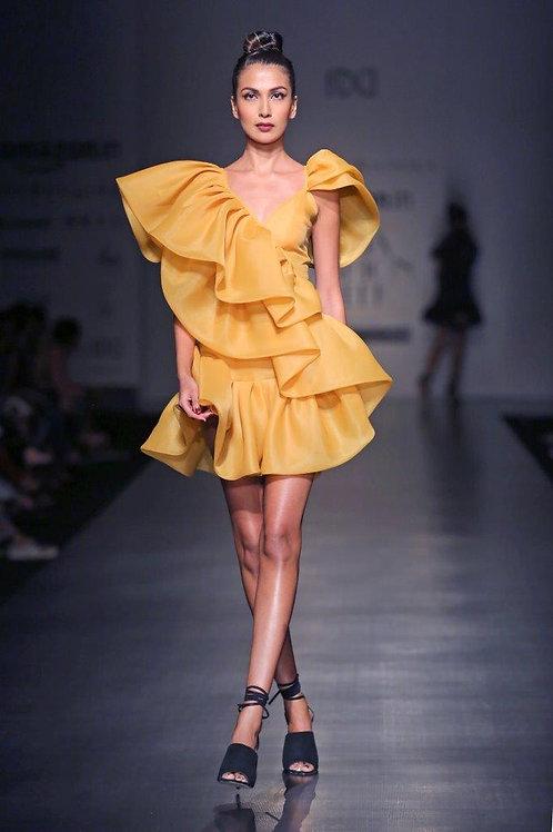 Spaghetti strap short ruffled dress