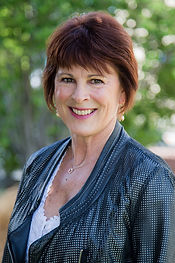 Maureen-West-1013.jpg