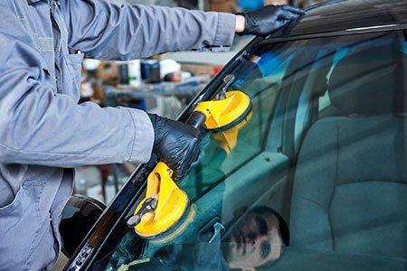 sam auto glass windshield replacement.jpg