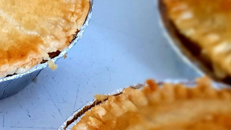 Chicken pie (gravy)