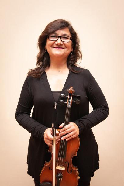Cecilia Olmos / Jefe Segundos Violines