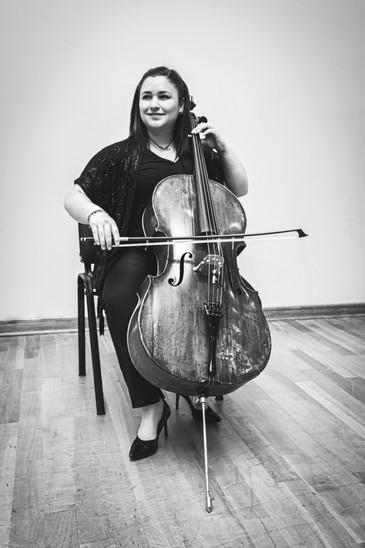 Monserrat Trujillo / Cello Tutti