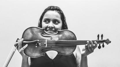 Vanessa Flores / Violin Tutti