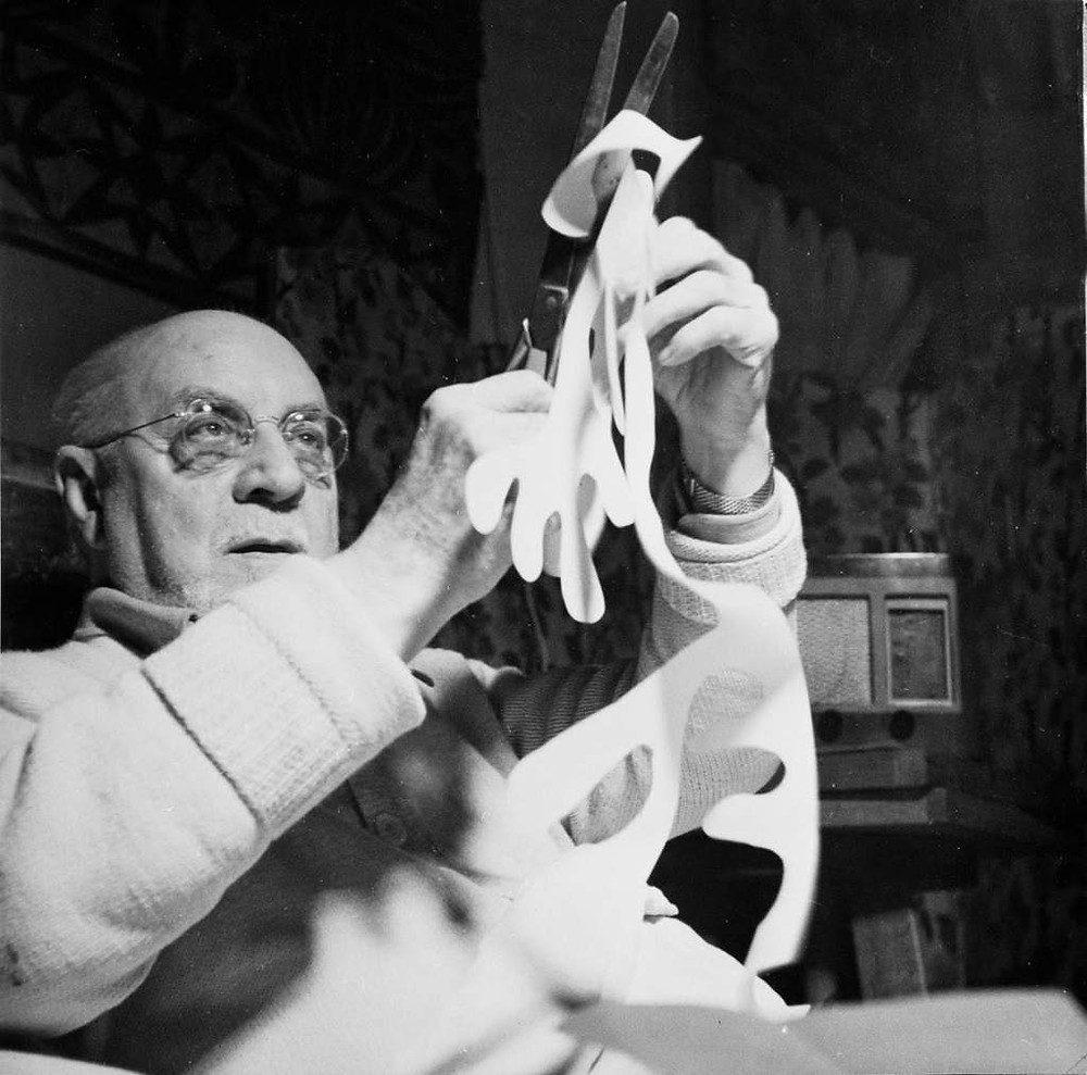 Matisse - Photo of Matisse with Scissors - 1947 - Vence, France