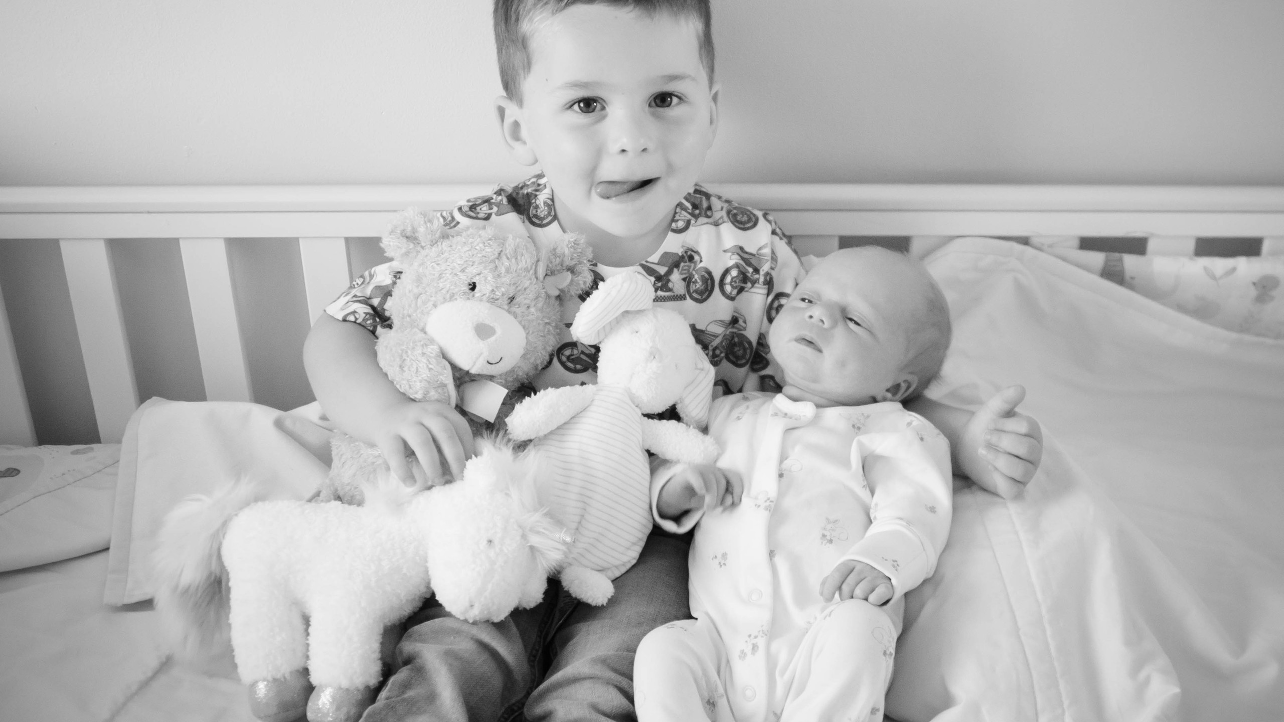 Newborn Lifestyle Photographer, Exeter Devon