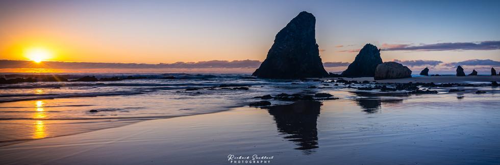Glasshouse Rocks Reflection