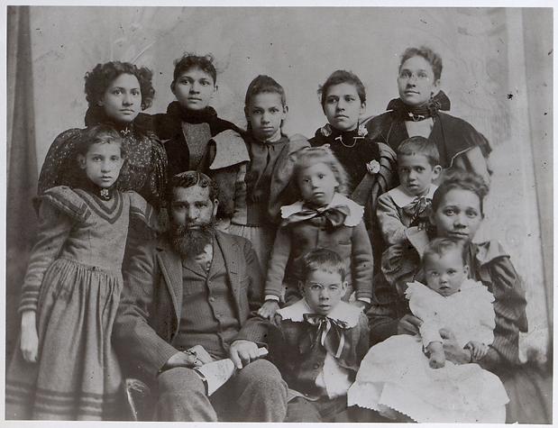 de Jarnette family portrait