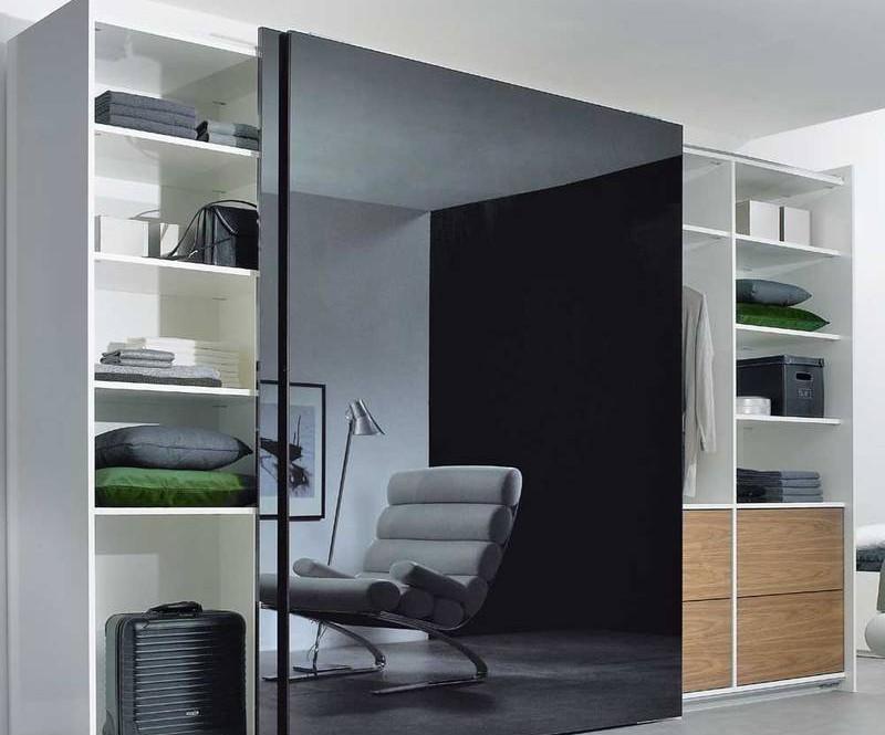 Frameless Black and white sliding Wardro