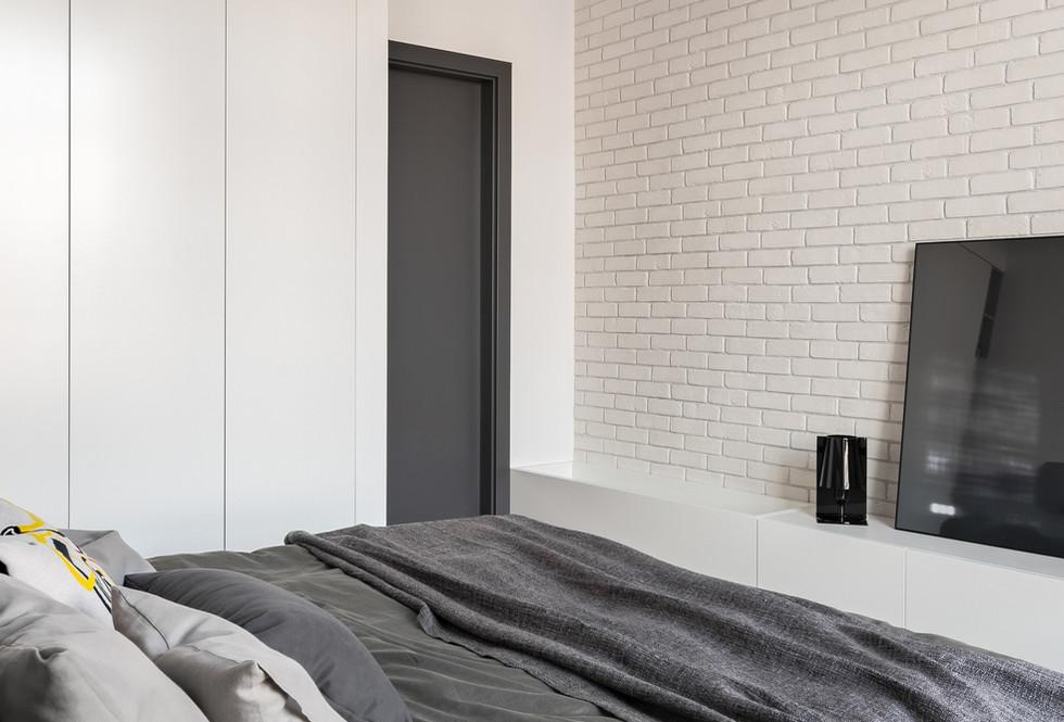 motte bedroom 36.jpeg