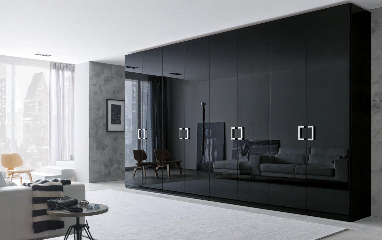 Black Gloss Made to order Wardrobe.jpg