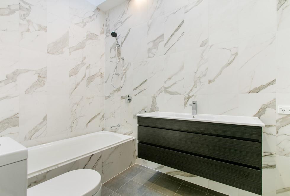 Motte bathroom 5.jpeg