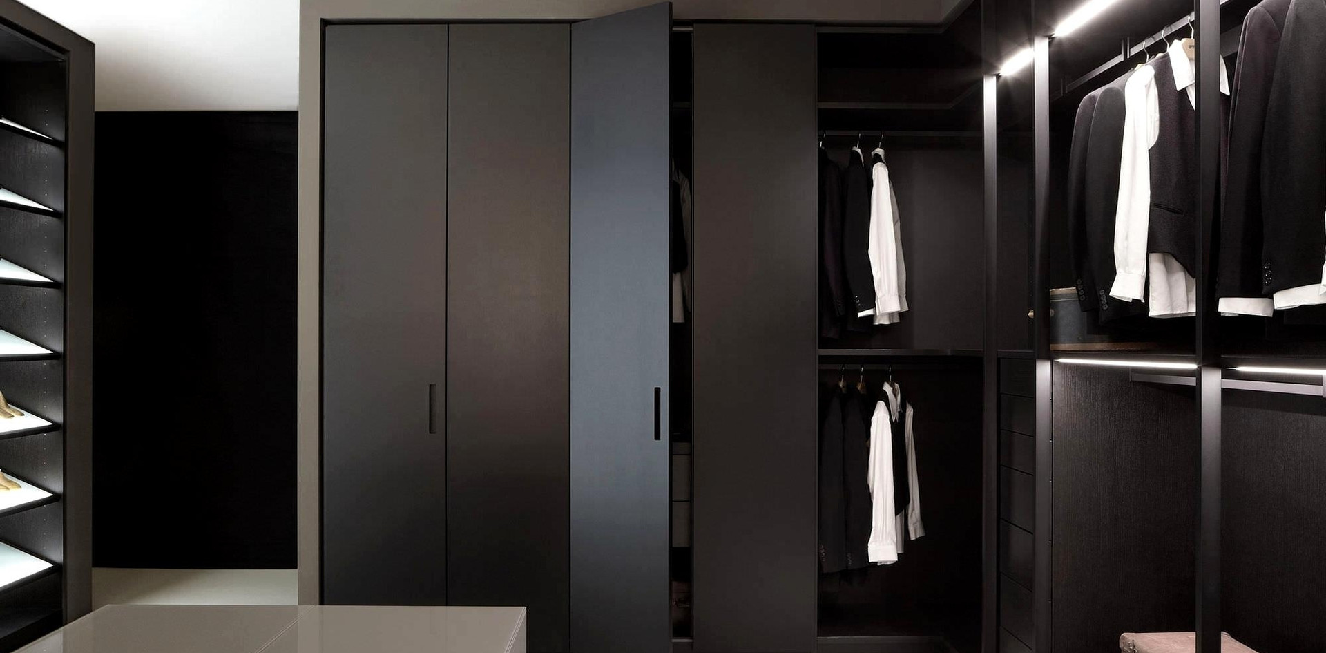 Motte walk in Wardrobe in Opaque Lacquer