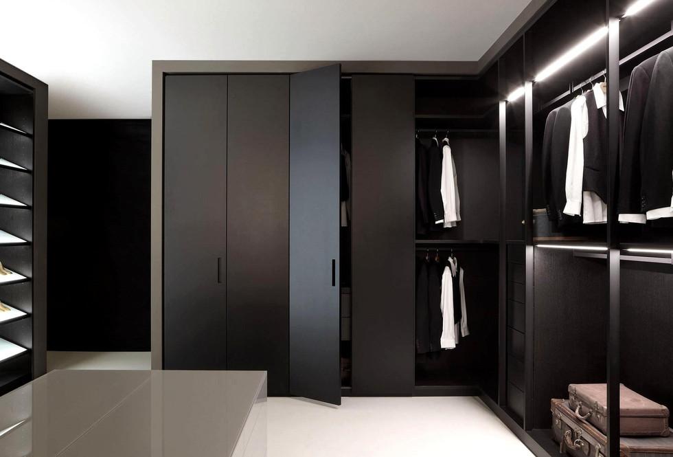 Motte walk in Wardrobe in Opaque Lacquer