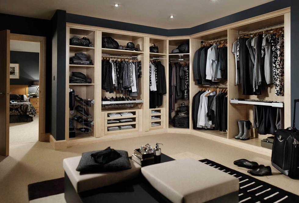 Motte walk in Wardrobe in maple.jpg