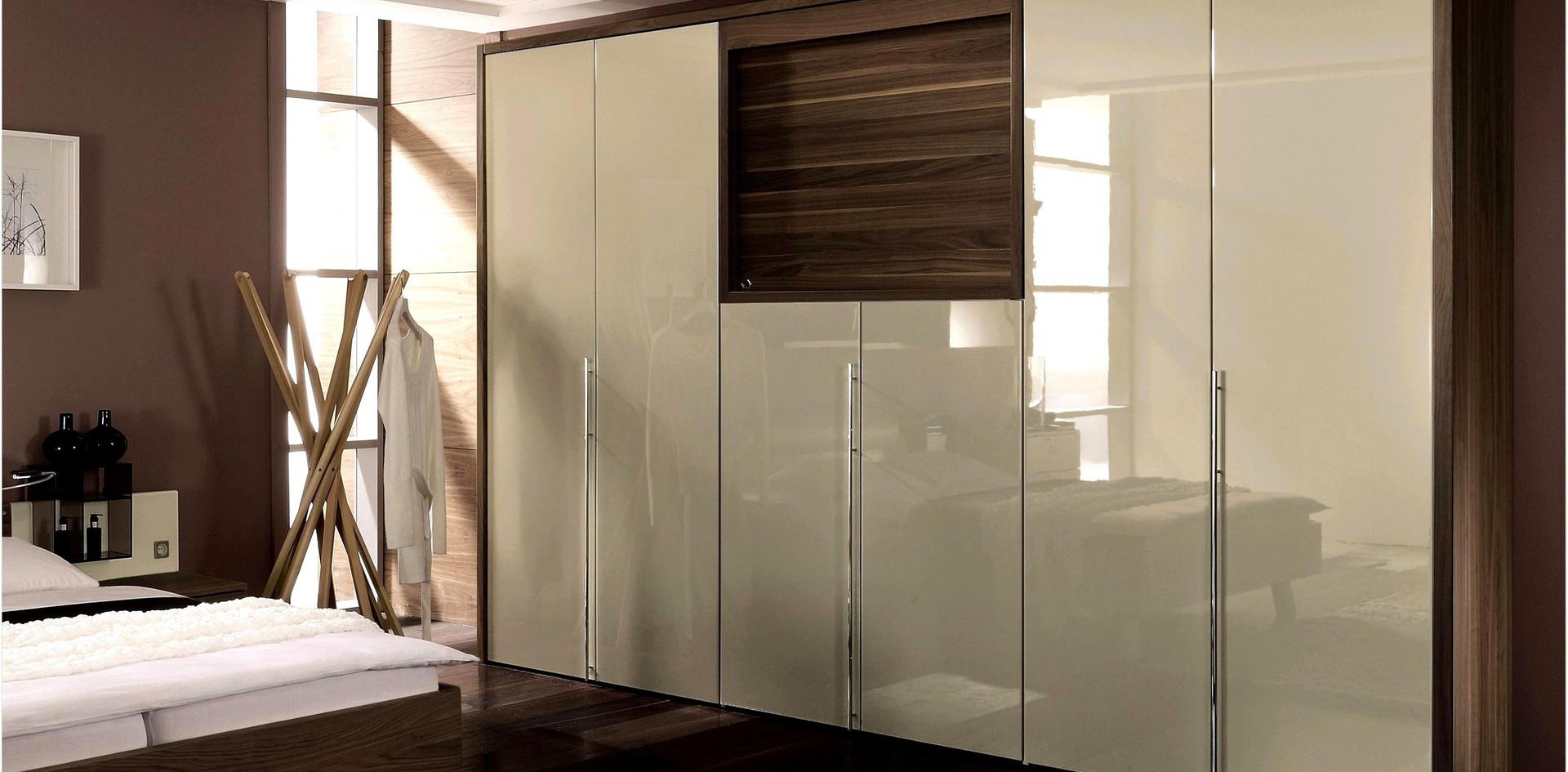 Bepoke fitted furniture.jpg