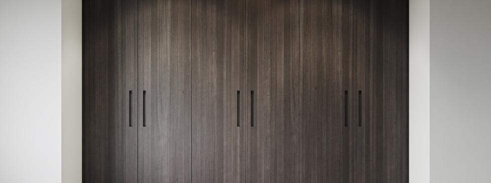 Bespoke Essence Wardrobe Built in handle