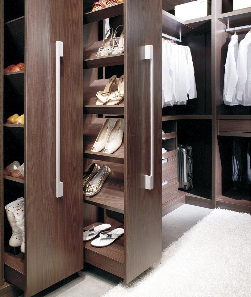 Pull out walk in wardrobe.jpg