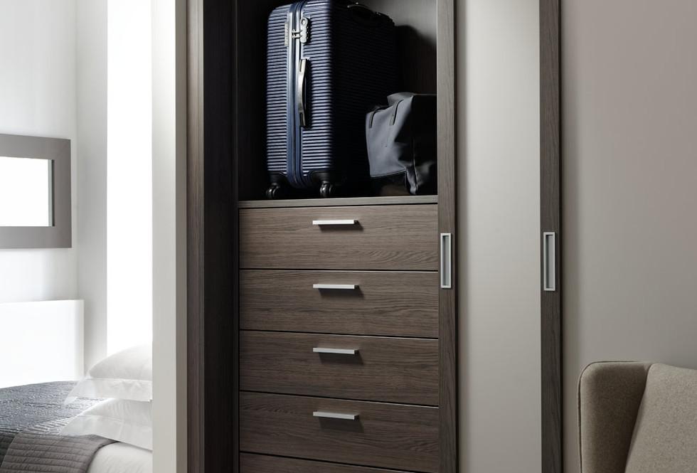 Motte fitted slding wardrobe.jpg
