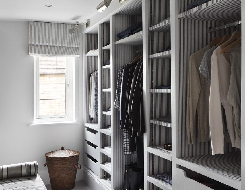 Motte walk in Wardrobe in melamine.jpg