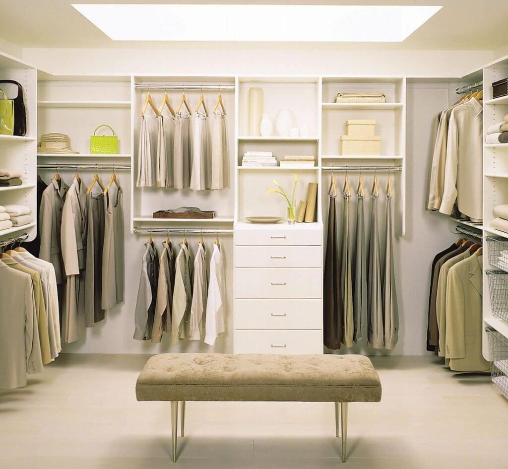 Motte walk in Wardrobe in bianco.jpg
