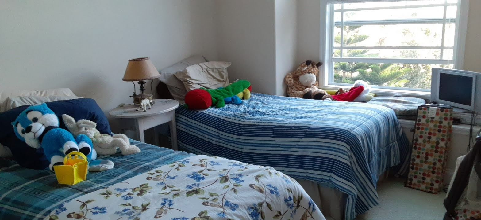Furnished guestroom before staging     1