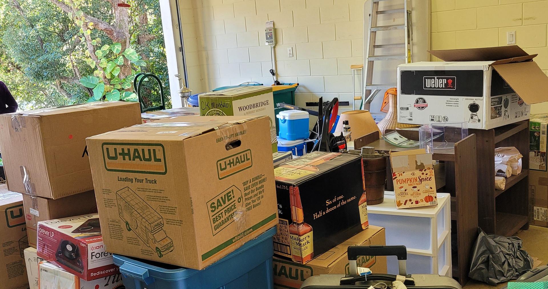 Garage before organizing.jpg