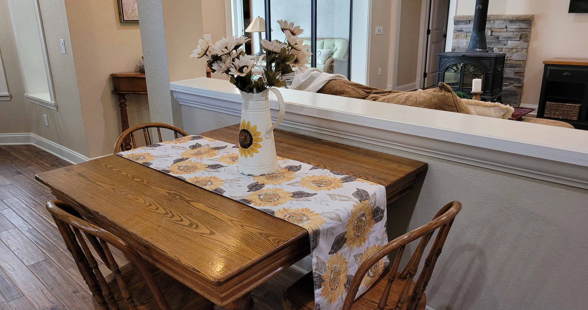 After staging; moved kitchen table away from island