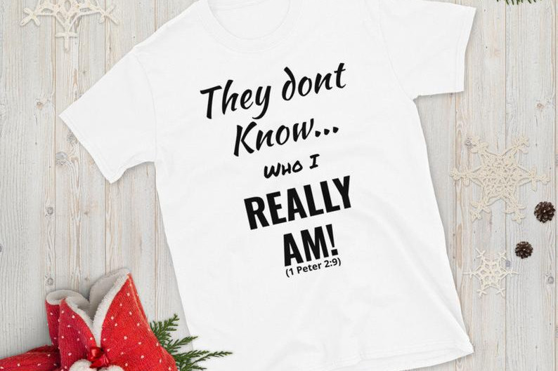 They Don't know Me! Tee-Shirt