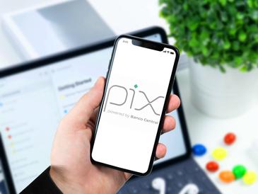 Pix: O que é e como funciona o novo sistema de pagamento feito pelo Banco Central?