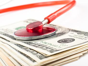 Justiça reduz alíquotas de IRPJ e CSLL para médicos