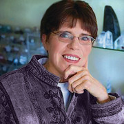 Q & A with Crystal Expert Diane Bloom