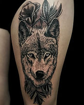 Fun wolf piece I did a few days ago! To