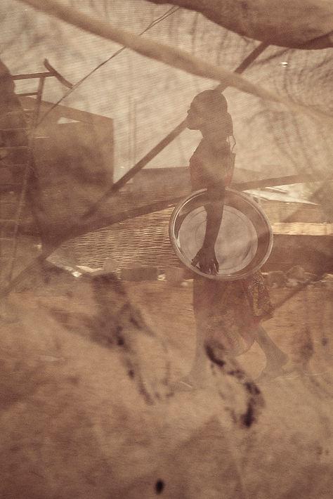 Sans Titre, série Wallbeuti- L'envers du décor 2014, Dakar, Sénégal © Mabeye Deme Exposition Artiste galerie d'art contemporain Lyon Croix-Rousse Regard Sud