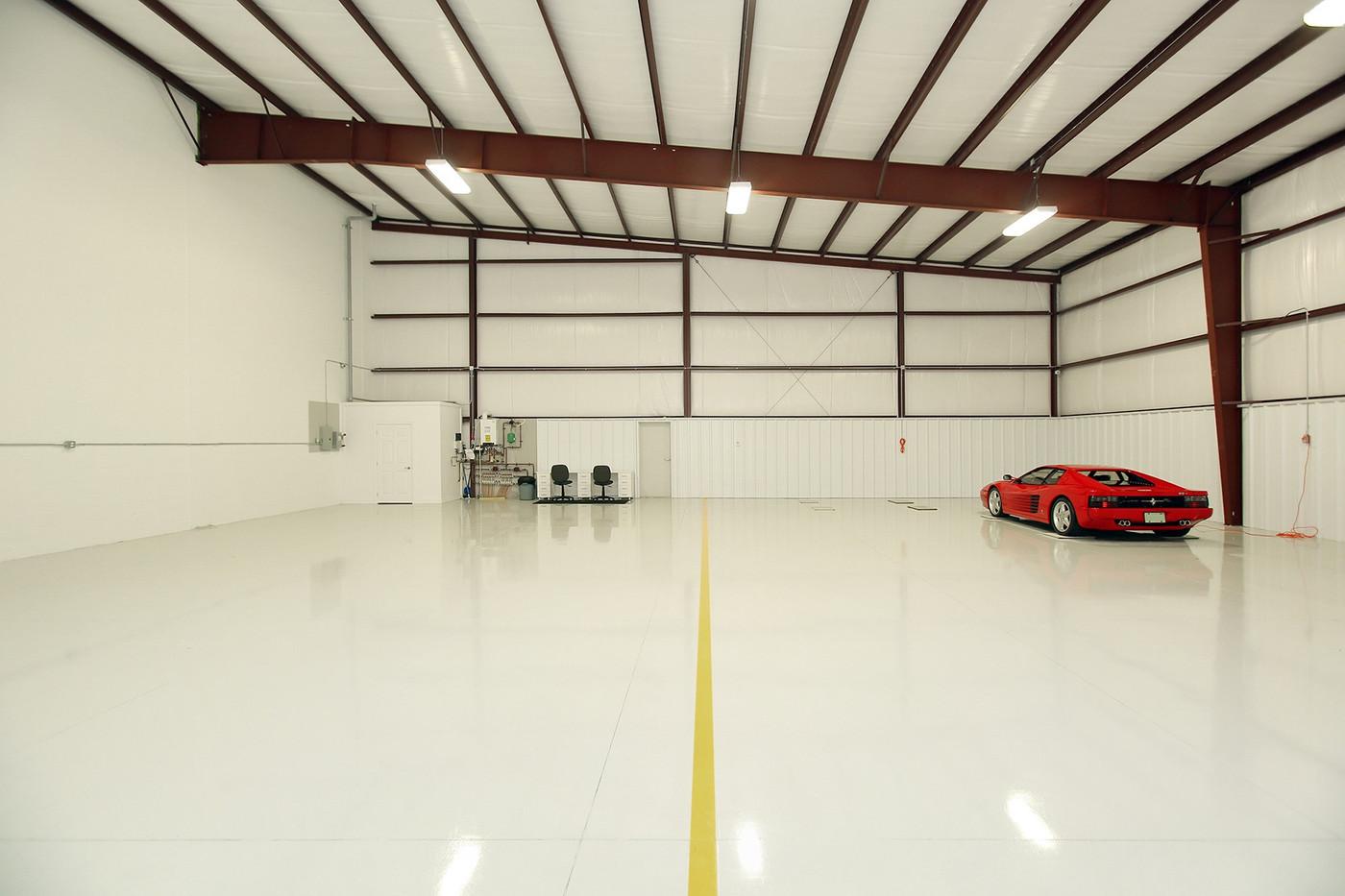 Hangar (7).jpg