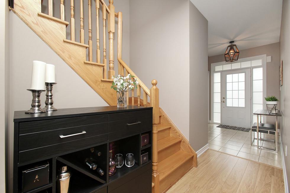 Staircxase.jpg