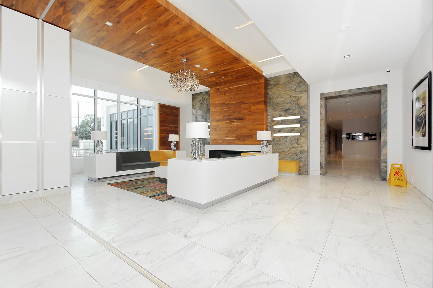 Lobby (2).JPG