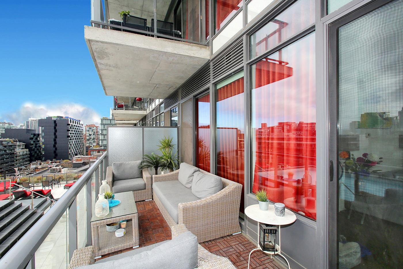 Balcony (3).jpg