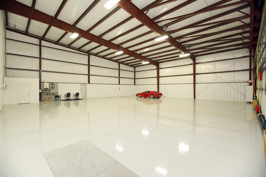 Hangar (8).jpg