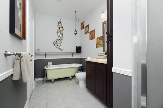 Bedroom Ensuite (2).jpg