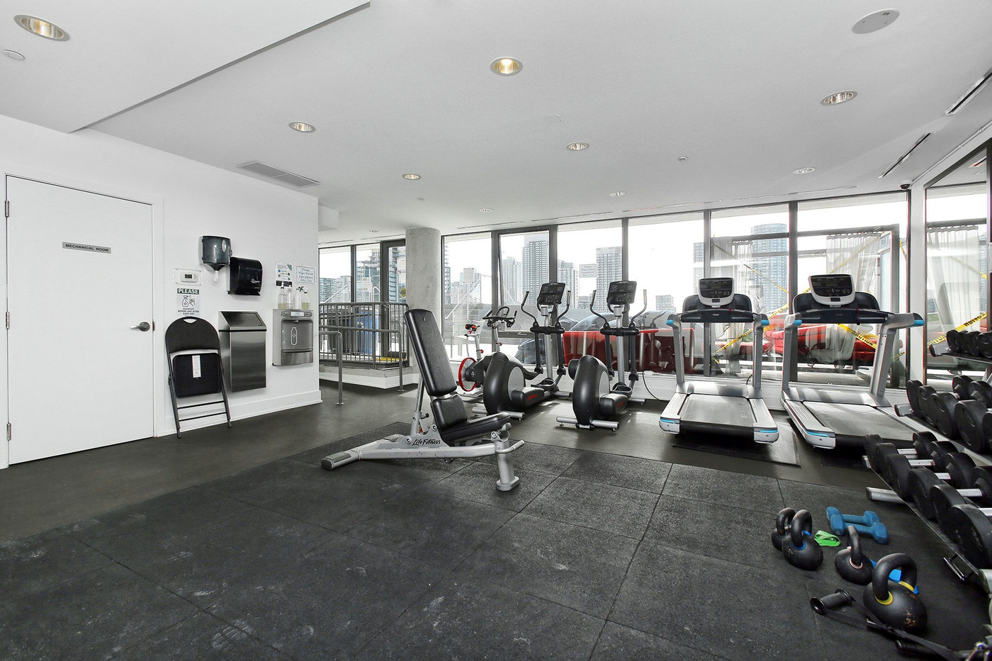 Exercise room (2).jpg