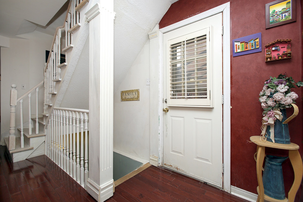 Side Entrace Interior.jpg