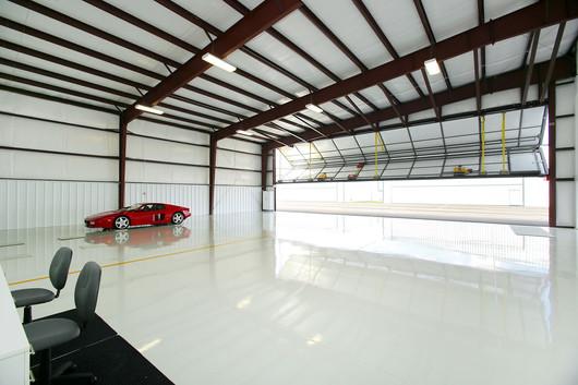 Hangar (14).jpg