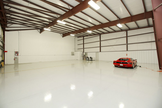 Hangar (6).jpg