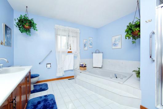 Master Bedroom Ensuite (2).jpg